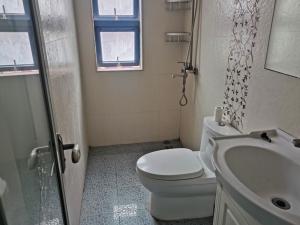 天健世纪花园南区 2室1厅 76㎡ 整租_天健世纪花园南区租房卫生间图片13