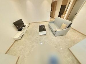 爵士大厦 1室1厅 72㎡ 整租_爵士大厦租房客厅图片5