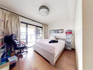悦城花园一期 5室2厅 206.15㎡_悦城花园一期二手房卧室图片4