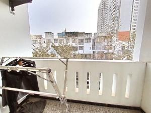 悦城花园一期 4室2厅 140㎡ 整租_悦城花园一期租房阳台图片10