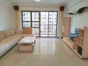 龙光城南区一期一组团 4室2厅 136㎡ 整租_惠州大亚湾龙光城租房图片